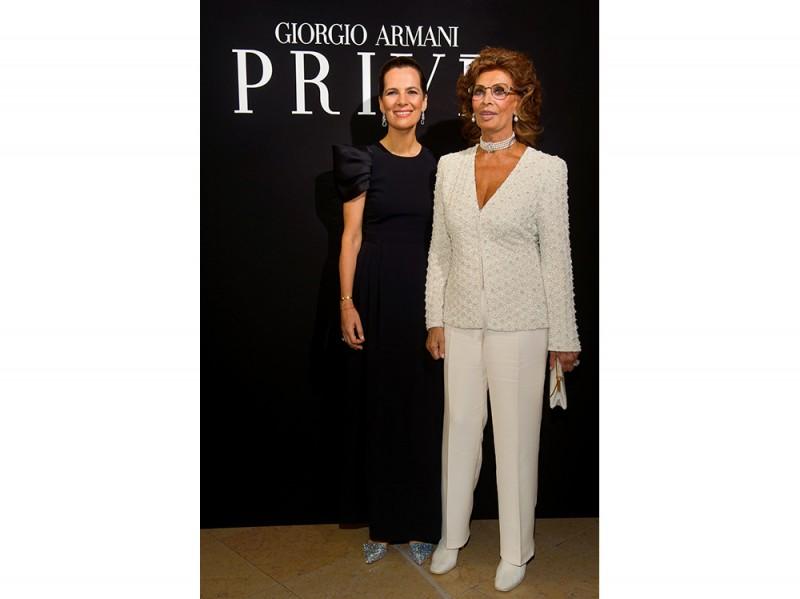 Roberta-Armani-and-Sophia-Loren_SGP