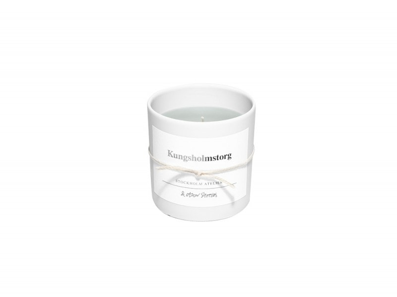 Verso il Grande Nord il beauty-case per Stoccolma & Other Stories_Kungsholmstorg_Scented Candle