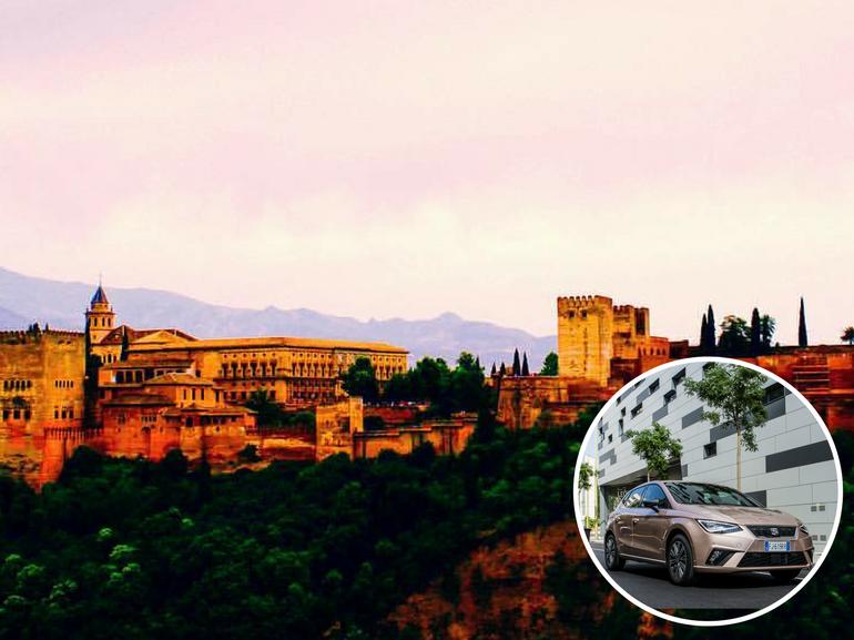 a Granada la visita di Alhambra in Andalusia con la nuova SEAT Ibiza