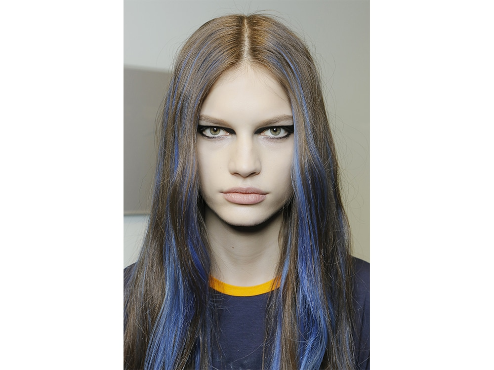 capelli blu tendenza autunno inverno 2017 2018  (17)