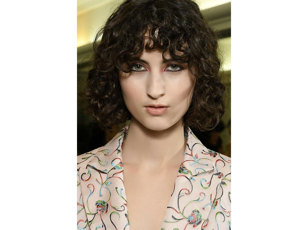 capelli con la frangia tendenza autunno inverno 2017 2018  (16)