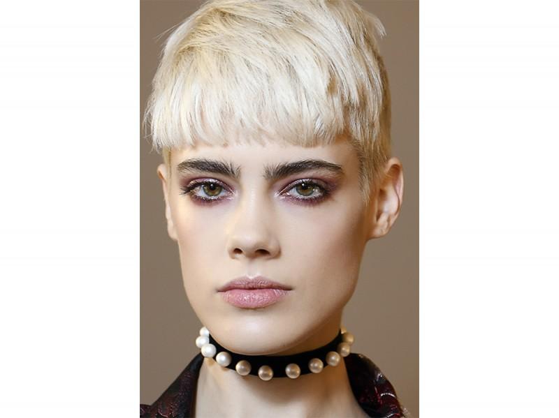capelli con la frangia tendenza autunno inverno 2017 2018  (2)