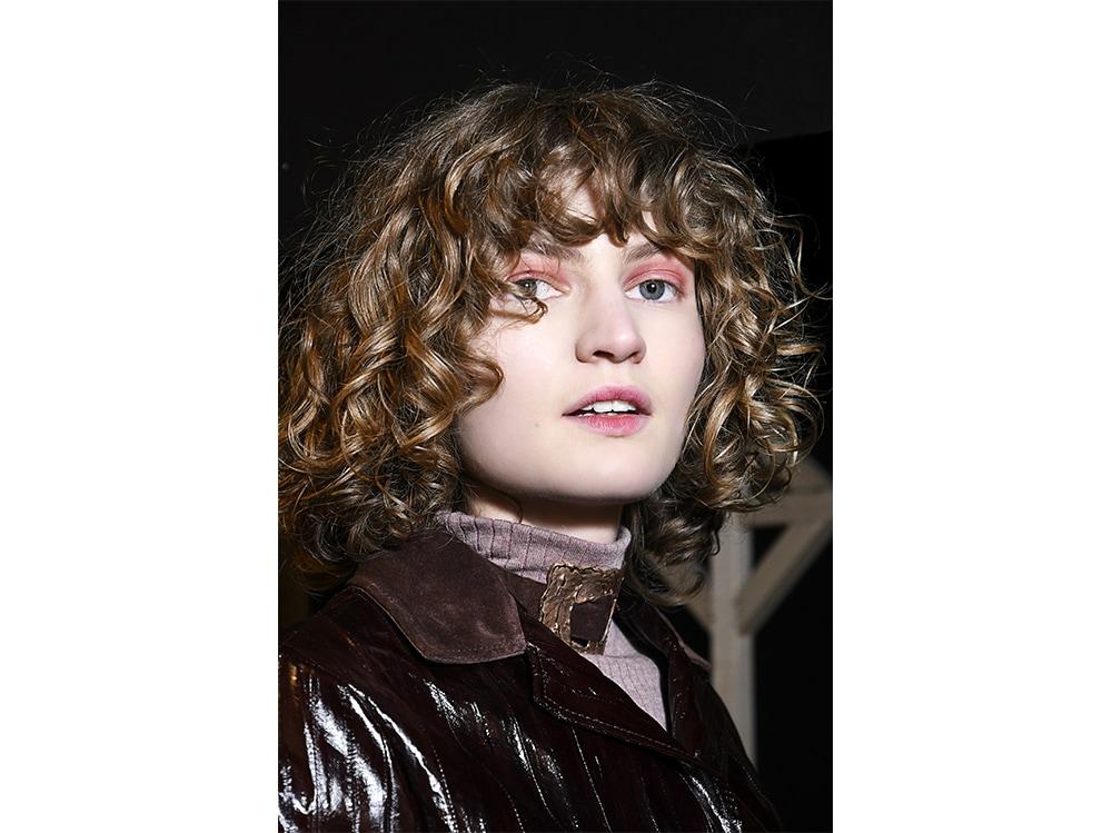 capelli con la frangia tendenza autunno inverno 2017 2018  (20)