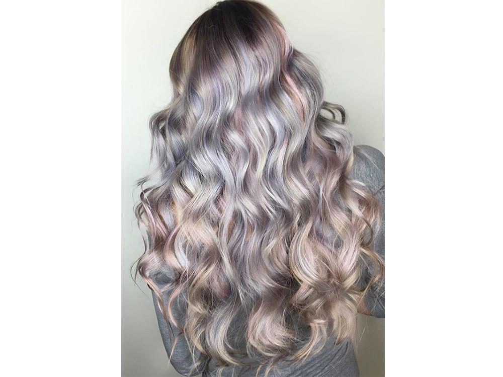 capelli pear hair tinta perlata grigio lilla verde pastello cangiante (7)