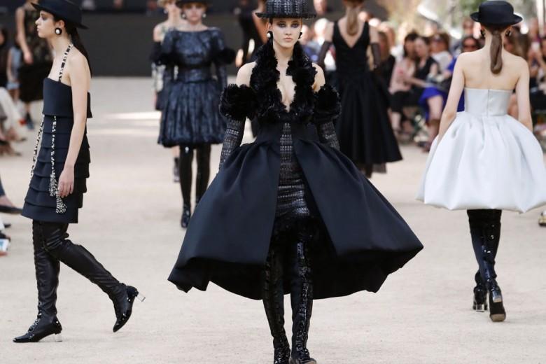 Chanel Haute Couture: la sfilata autunno-inverno 2018 in 10 look