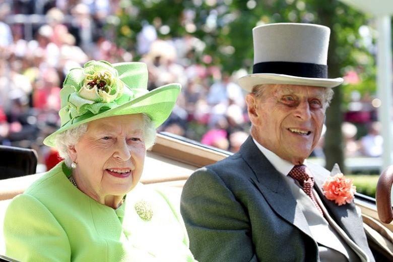 La Regina Elisabetta potrebbe non andare al matrimonio di Harry e Meghan Markle: ecco perché