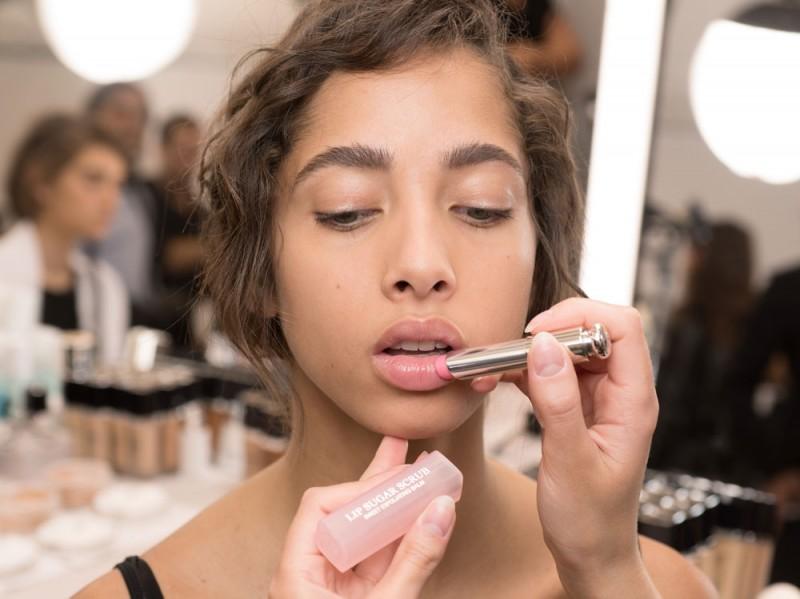 dior-make-up-sfilata-haute-couture-03