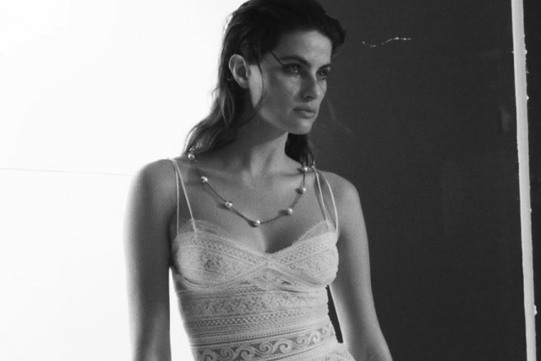 Isabeli Fontana sul nuovo numero di Grazia