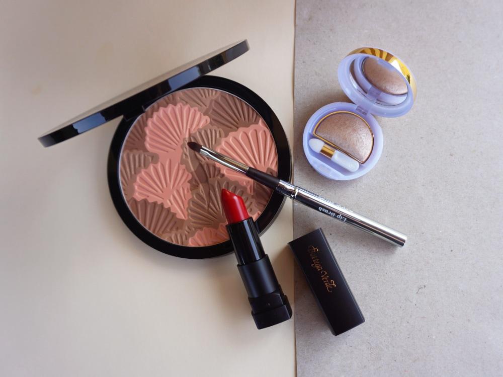 nailart-fiori-makeup