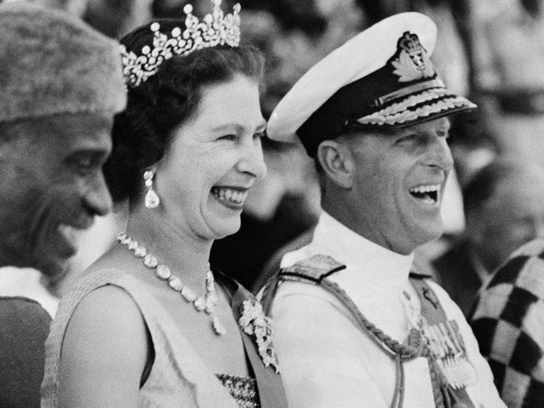 regina elisabetta principe filippo amore