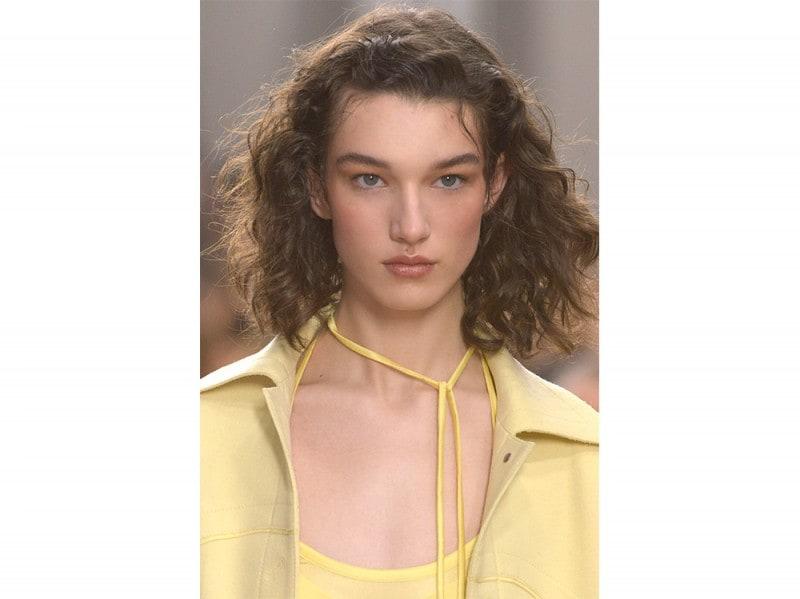 tagli capelli medi ai 2017 2018 (18)