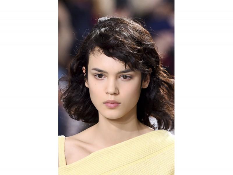 tagli capelli medi ai 2017 2018 (20)
