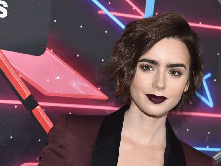 Lily-Collins-cover-mobile