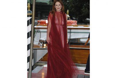 julianne-moore-venezia-red-carpet-day3