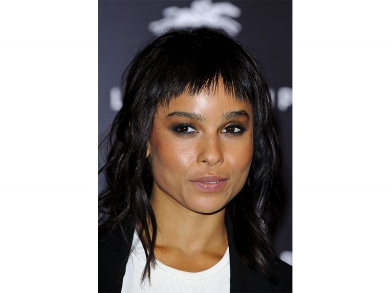 zoe kravitz evoluzione beauty look make up capelli (10)