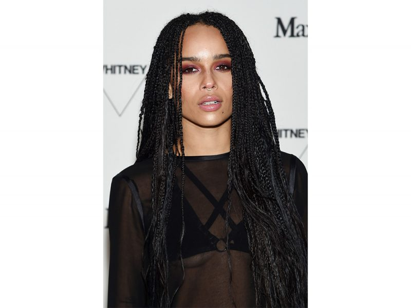 zoe kravitz evoluzione beauty look make up capelli (13)
