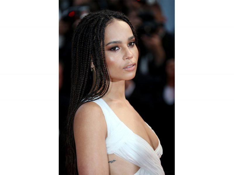 zoe kravitz evoluzione beauty look make up capelli (14)