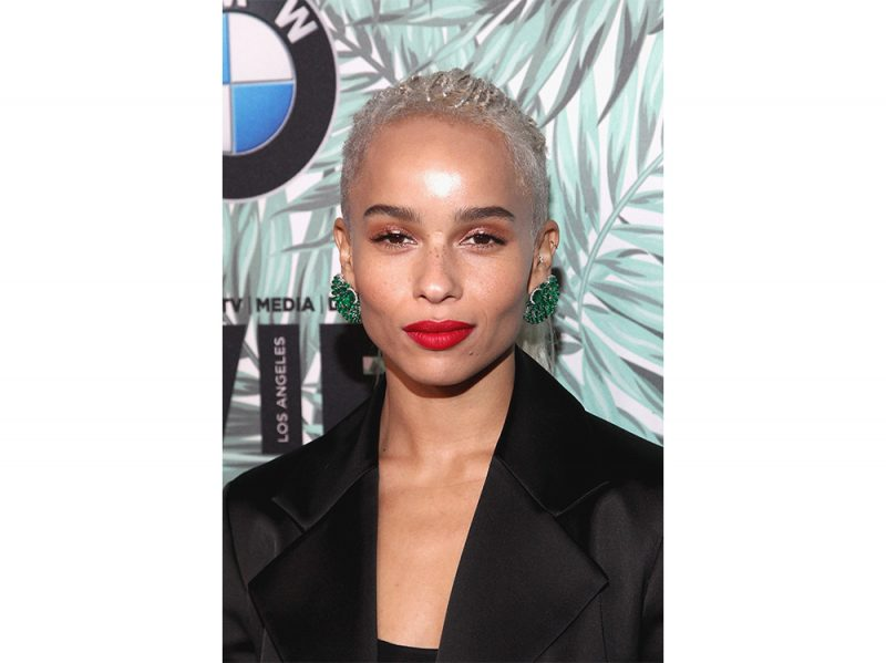 zoe kravitz evoluzione beauty look make up capelli (19)