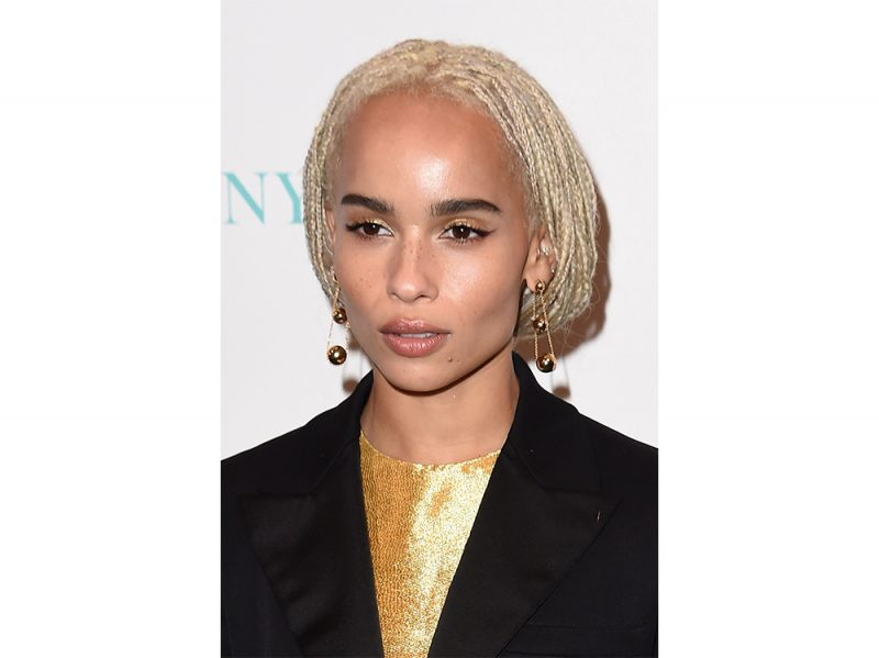 zoe kravitz evoluzione beauty look make up capelli (21)