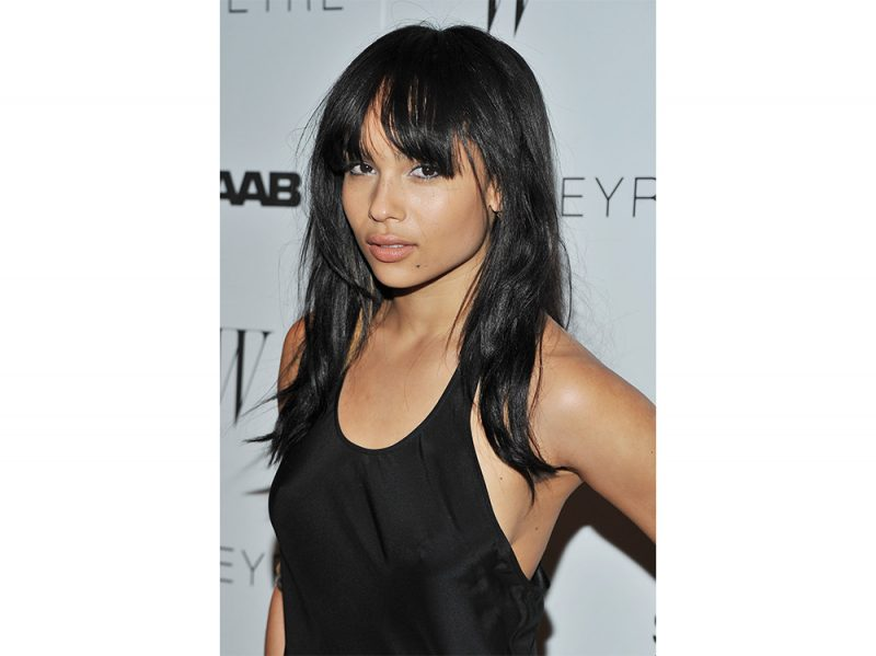 zoe kravitz evoluzione beauty look make up capelli (6)