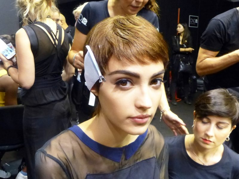 Moschino_SS18_Backstage_Model_6