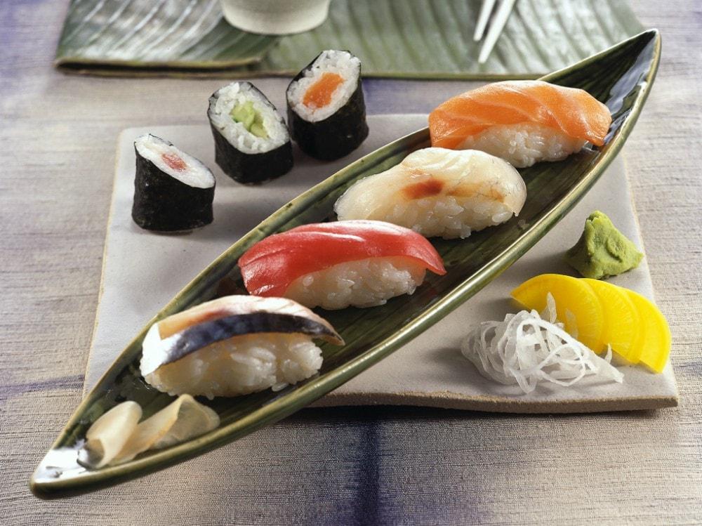 Nigiri sushi e hosomaki