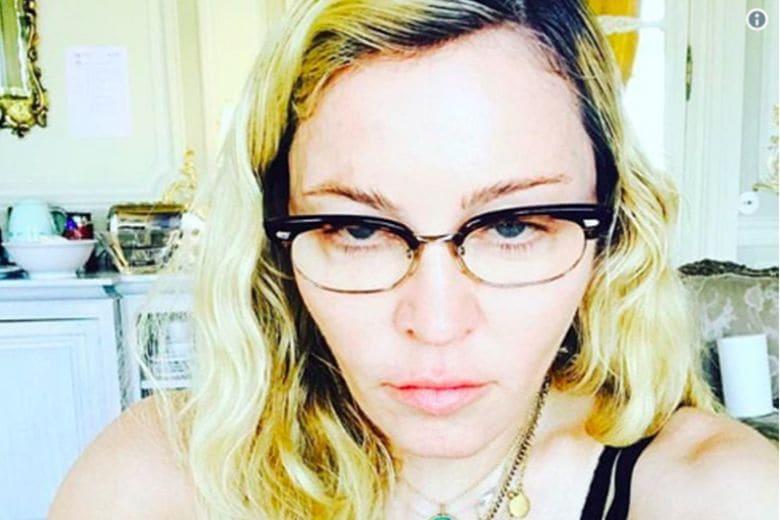 Madonna è disperata: FedEx non consegna il pacco perché non crede che sia davvero lei