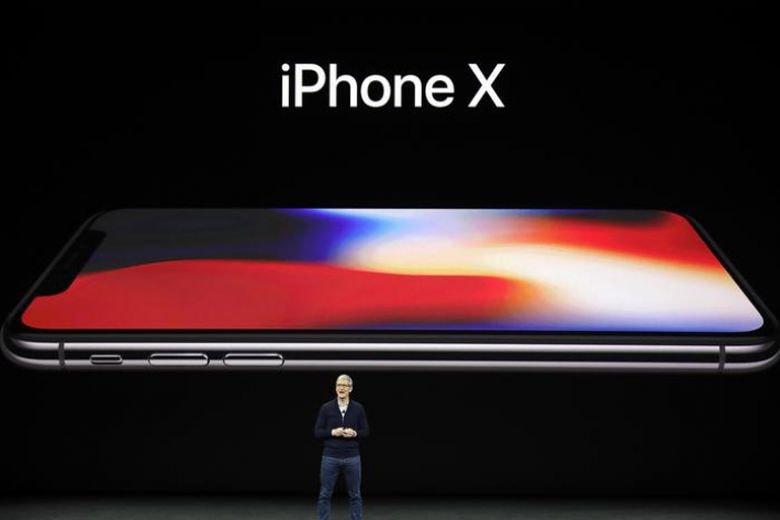 Ecco iPhone X: si legge iPhone ten, non x