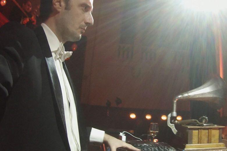 Matteo Ceccarini: #IamReverso, il dualismo dell'uomo di successo dall'estro creativo