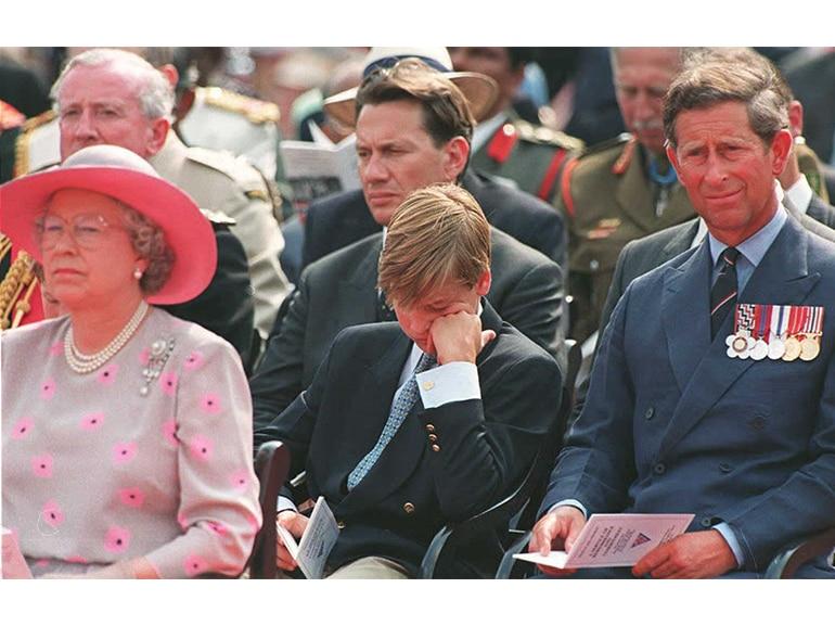 principe william regina elisabetta carlo