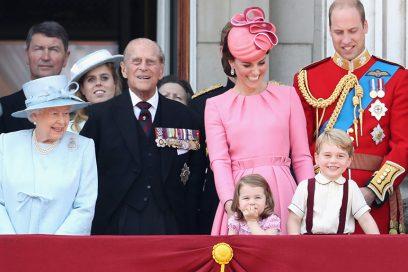 Gli abiti più famosi dei Windsor hanno tutti significati nascosti: ecco quali