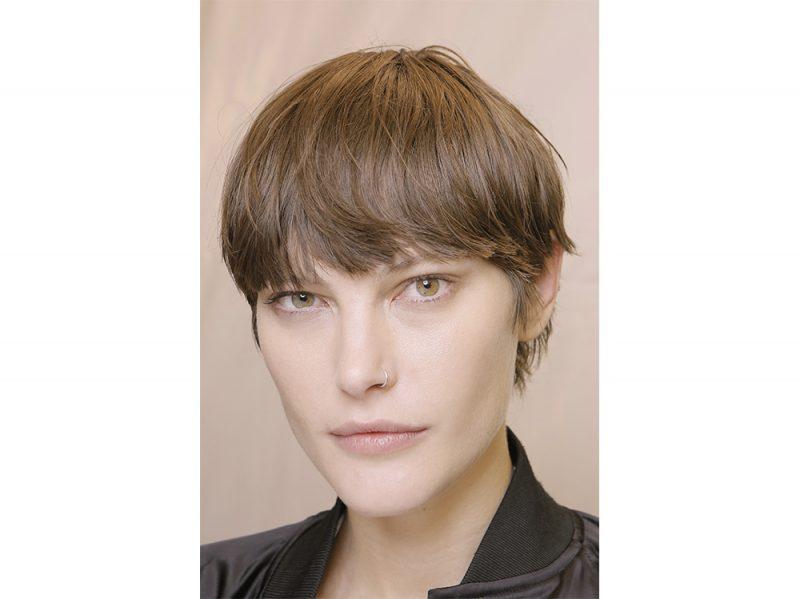 Tagli capelli media lunghezza immagini