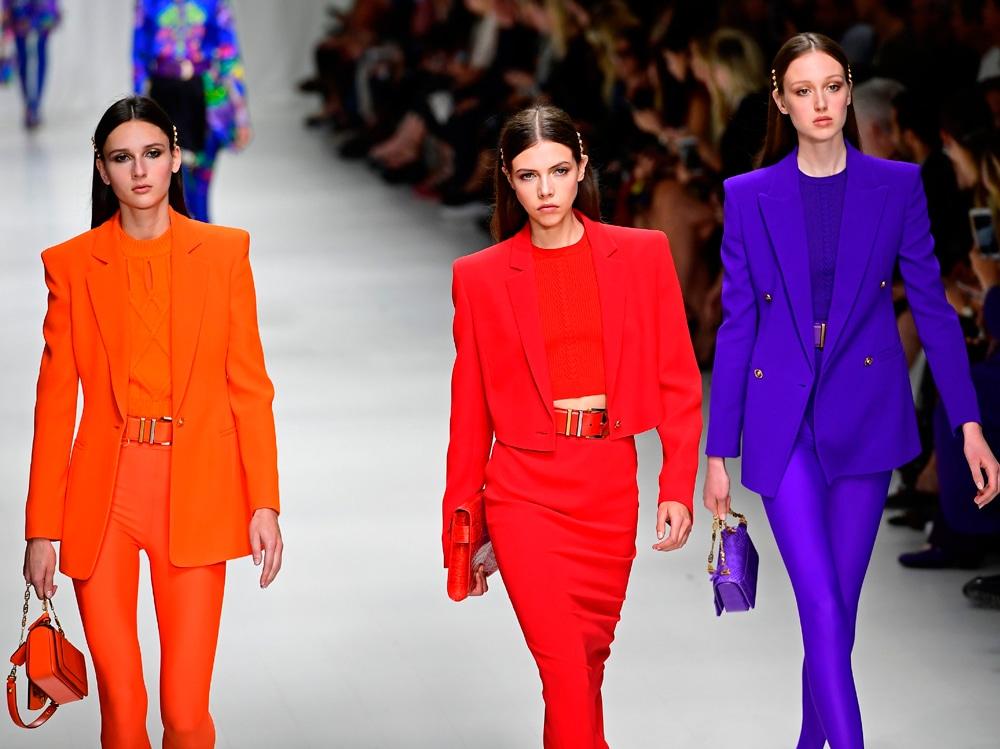 versace-ss18-colori-primari