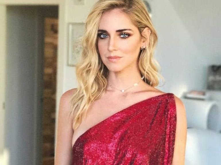 Chiara Ferragni vestito rosso scintillante