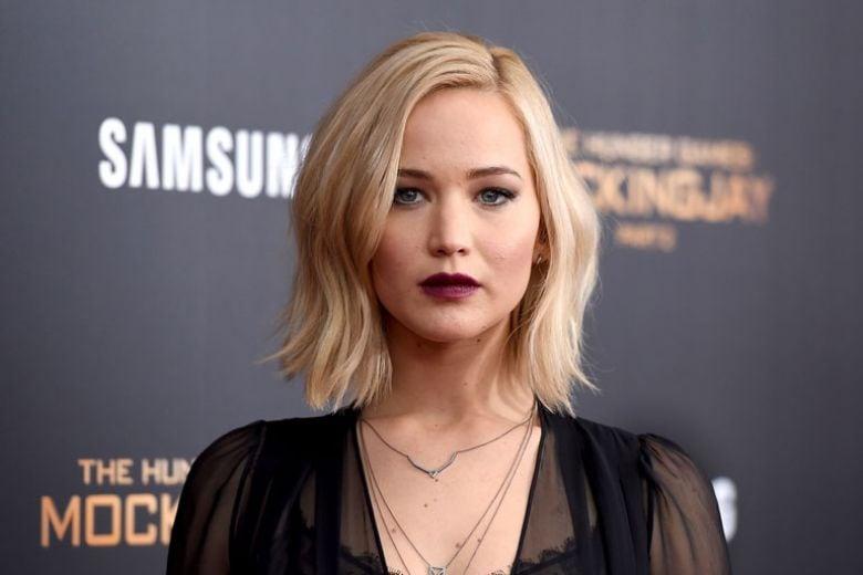 Jennifer Lawrence critica le colleghe che dicono di non stare a dieta (e ha Instagram)