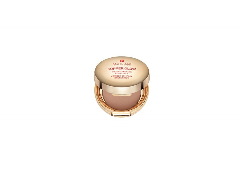 Make-up-come-opacizzare-il-viso-con-la-cipria-ERBORIAN-COPPER-GLOW