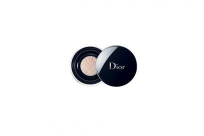 Make-up-come-opacizzare-il-viso-con-la-cipria-forever-Poudre-Libre-dior