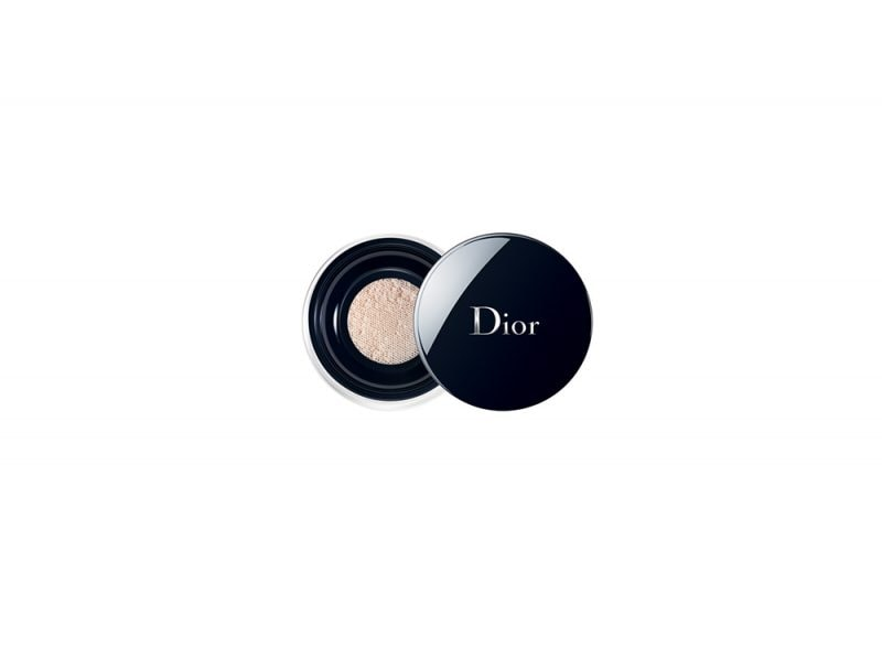 Make-up-come-opacizzare-il-viso-con-la-cipria-forever-Poudre-Libre-dior