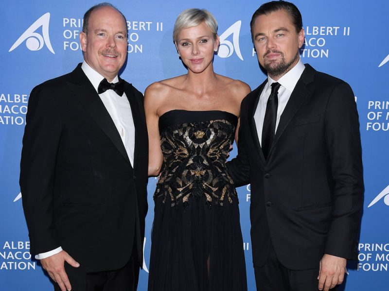 Prince-Albert-II-of-Monaco-and-Princess-Charlene-of-Monaco-and-Leonardo-DiCaprio_Monte-Carlo-Gala-for-the-Global-Ocean-(4)