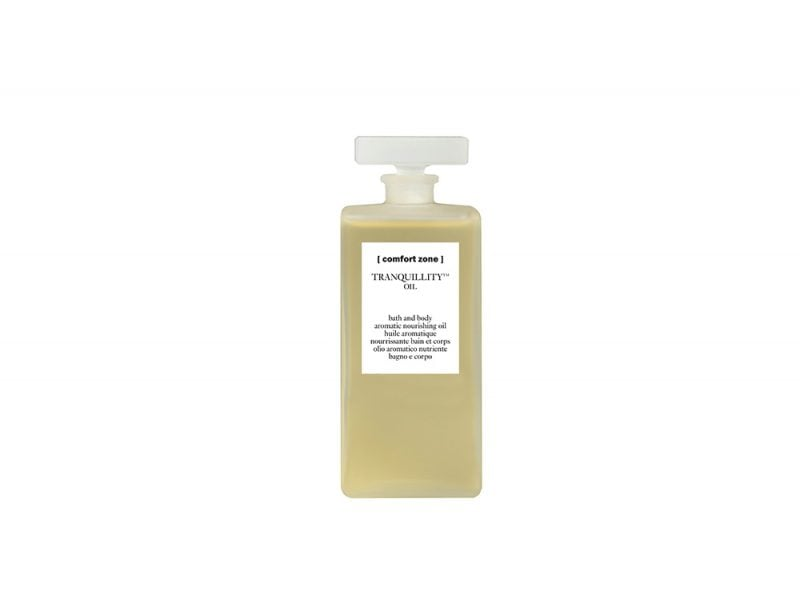 Relax-gli-ingredienti-giusti-per-godersi-dei-momenti-per-sé-Comfort Zone Tranquillity Oil