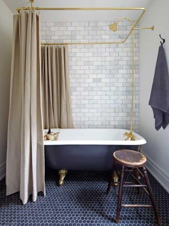 Come arredare il bagno in stile vintage grazia - Tenda per vasca da bagno ...