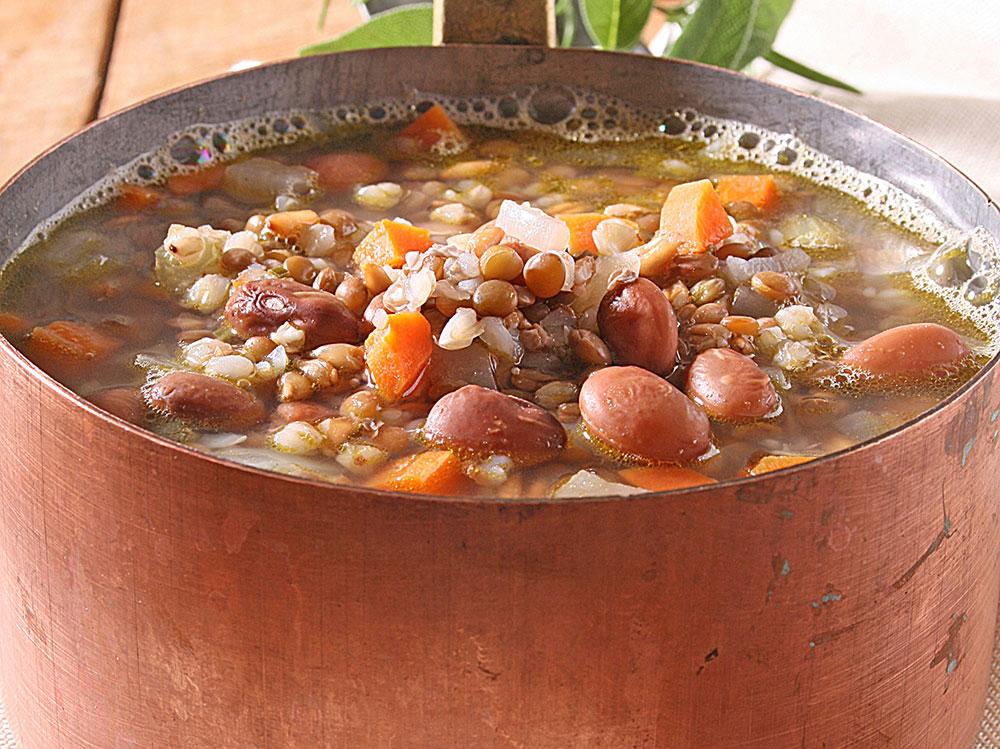 Zuppa-di-legumi-e-cereali
