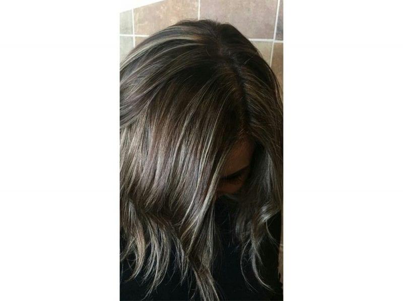 Mushroom Brown Hair I Capelli Castano Cenere Del Momento