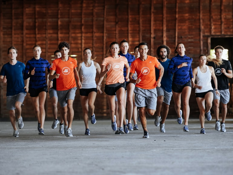 allenarsi in gruppo per raggiungere milgiori risultati running corsa fitness