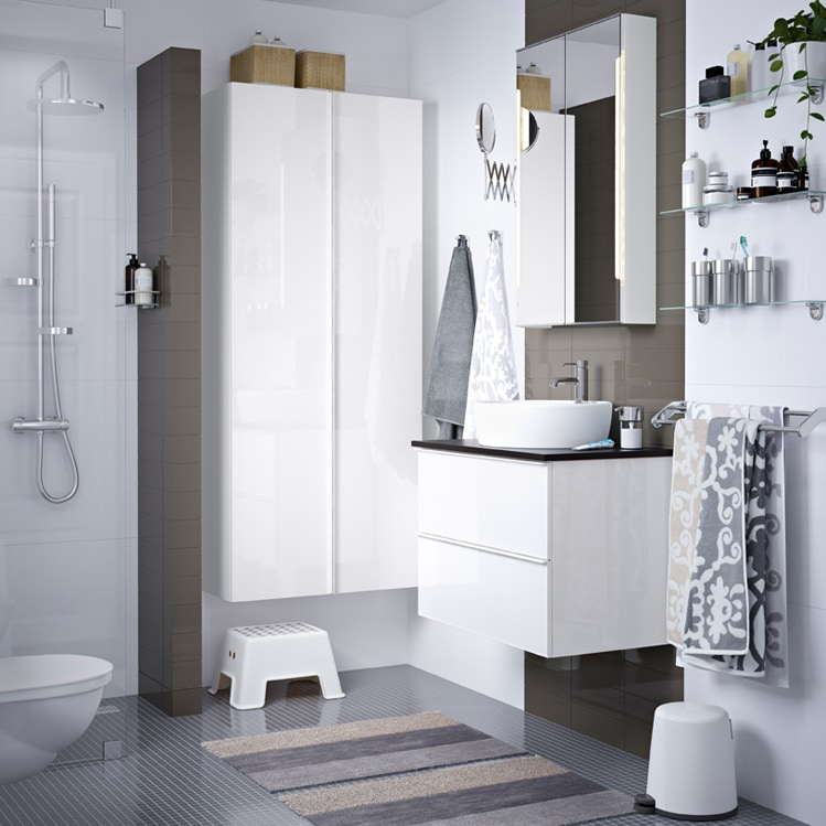 Come arredare il bagno con mobili ikea grazia for Mobili per il bagno ikea