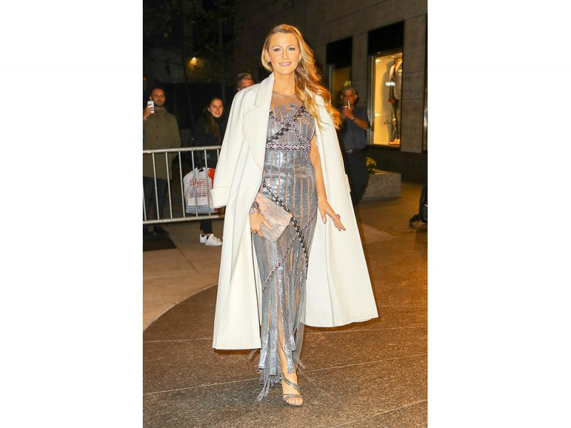 blake-lively-in-chanel-couture-splash