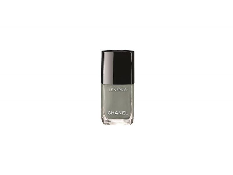 chanel-travel-diary-Le-Vernis-576-Horizon-Line