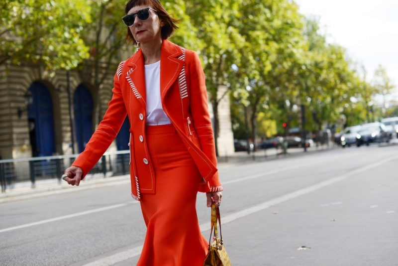 completo-arancione-paris-street