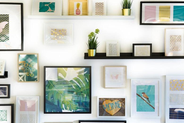 Come appendere i quadri? Ecco 10 idee (o regole estetiche)