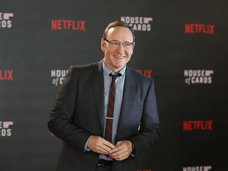 cover kevin spacey accusato molestie sessuali mobile